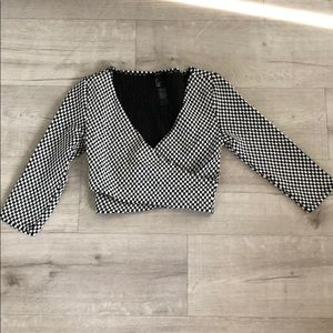 NWOT Black and White Croptop Size S